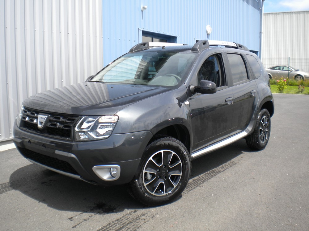 achat dacia duster 1 5 dci 110 ch edc 4x2 black touch neuf mandataire. Black Bedroom Furniture Sets. Home Design Ideas